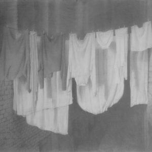 """原 崇浩 """"ropas secadas en noche"""" 1999"""